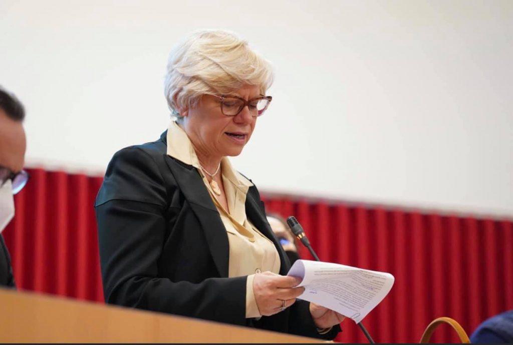 Loredana Capone Eletta Presidente Del Consiglio Regionale Informalecce